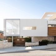 NZ343CcmOvertonApartmentsBanham–284472405–17.jpg architecture, building, elevation, home, house, residential, white, Apartments, Banham Architects