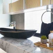 ​​​​​​​Arabescato marble used for the cantilevered vanity top white
