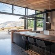 Polished concrete floors act as an energy-saving heat