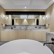 ​​​​​​​Whichever way you look at this bathroom it