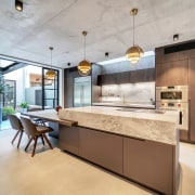 ​​​​​​​One island – two personalities. For this kitchen,