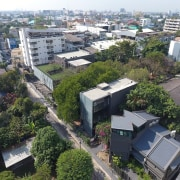 Naiipa 29 - bird's eye view | city bird's eye view, city, house, neighbourhood, plant, property, real estate, residential area, roof, suburb, tree, urban area, gray