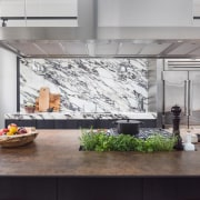 Counter culture – front benchtop in Neolith Iron