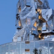 Gehry's 15,000m2 Tower is finished with 11,000 stainless