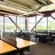 The B:HIVE floors are completely flexible with office architecture, furniture, office, white