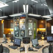 Warner Music offices by Christopher Kwek, Forward 50 office, technology, black