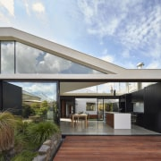 Extensive use of clerestorey windows means both a architecture, daylighting, house, real estate, roof