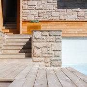 Architect: buck&simplePhotography by Tim Pascoe deck, floor, flooring, hardwood, wall, wood, wood flooring, wood stain, gray