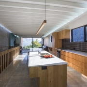 Arrowtown-based Bennie Builders was the only Southern Lakes architecture, ceiling, countertop, daylighting, house, interior design, kitchen, real estate, roof, gray, brown