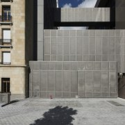 This new headquarters for the European Union Council architecture, building, facade, residential area, wall, window, gray