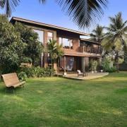 Architect: Studio PKA http://www.purankumar.com/Photographer: Amit Pasricha arecales, backyard, cottage, estate, facade, hacienda, home, house, mansion, palm tree, property, real estate, resort, villa, yard, green