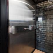 The elevator black