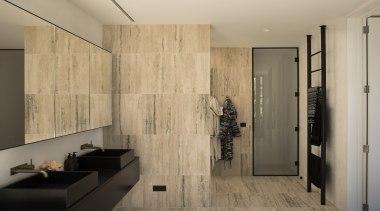 哑光黑色的卫浴洁具搭配有黑色花纹的小麦色的墙面,简洁大气。 architecture, ceiling, floor, flooring, house, interior design, laminate flooring, room, tile, wall, wood, wood flooring, orange
