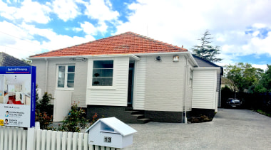 Triton Avenue - Mount Roskill - building   building, cottage, home, house, property, real estate, roof, shed, siding, white, gray