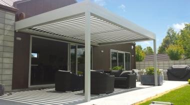 Silencio Rotating Louvres - canopy | outdoor structure canopy, outdoor structure, patio, roof, shade, gray, black