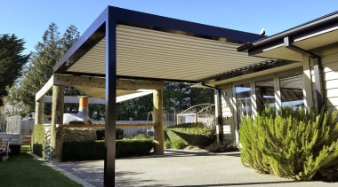 Silencio Rotating Louvres - canopy | house | canopy, house, outdoor structure, pergola, property, real estate, roof, shade, brown