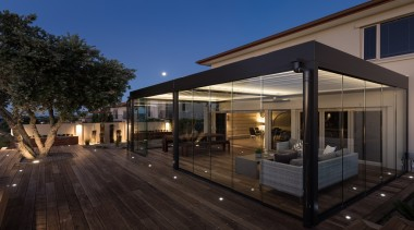 78580_louvretec-new-zealand-ltd_1557361146 - architecture | building | deck | architecture, building, deck, design, estate, facade, home, house, interior design, lighting, patio, property, real estate, residential area, roof, sky, black