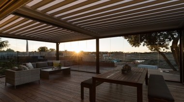 78580_louvretec-new-zealand-ltd_1557361159 - architecture | backyard | building | architecture, backyard, building, ceiling, deck, furniture, home, house, interior design, outdoor structure, patio, pergola, porch, property, real estate, roof, room, shade, sky, black