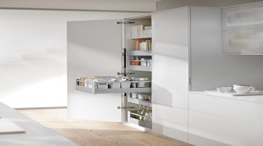 Blum SPACE TOWER with TANDEMBOX 2 -