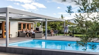 https://trendsideas.com/stories/sky-louvre-systems backyard, home, house, leisure, outdoor structure, property, real estate, swimming pool, window, white