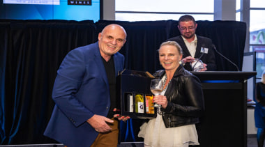 2019 TIDA New Zealand Homes presentation evening award, event, yellow, black
