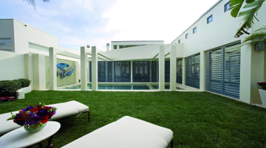 aluminium awnings 2 - aluminium awnings 2 - architecture, backyard, courtyard, estate, facade, grass, home, house, property, real estate, residential area, villa, white, green
