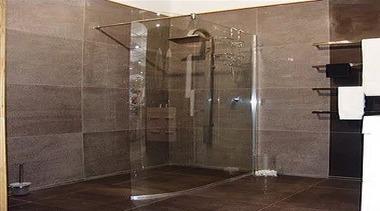 Vela - door   floor   glass   door, floor, glass, plumbing fixture, shower, tile, black, brown