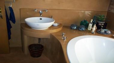 Micro topping 12 - Micro_topping_12 - bathroom | bathroom, bidet, ceramic, countertop, floor, plumbing fixture, property, room, sink, tap, tile, brown