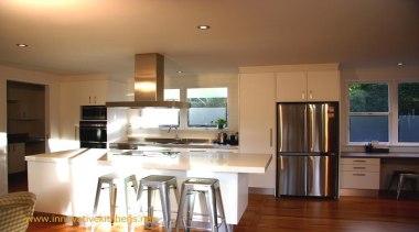 modern glendowie2013 1.jpg - modern_glendowie2013_1.jpg - countertop | countertop, cuisine classique, floor, flooring, hardwood, home, interior design, kitchen, property, real estate, room, window, wood flooring, brown