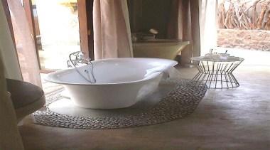 Micro topping 16 - Micro_topping_16 - bathroom | bathroom, ceramic, plumbing fixture, sink, tap, gray, white