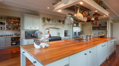 img1064.jpg - img1064.jpg - cabinetry | countertop | cabinetry, countertop, cuisine classique, home, interior design, kitchen, room, brown, gray