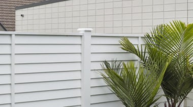 theblock2014088.jpg - theblock2014088.jpg - facade | fence | facade, fence, home, home fencing, outdoor structure, real estate, shade, siding, wall, window, window covering, white, gray