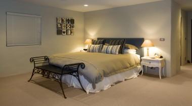 169mangawhai 12.jpg - 169mangawhai_12.jpg - bed | bed bed, bed frame, bedroom, ceiling, floor, furniture, home, interior design, real estate, room, suite, wall, brown, gray