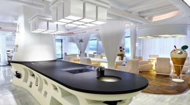 Encimera showcooking central - Dekton color Domoos en ceiling, interior design, product design, gray