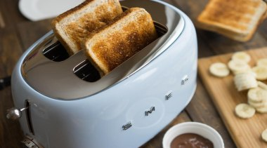 A tribute to Smeg's sensitivity and creative genius, breakfast, small appliance, toast, toaster, gray, brown