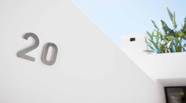 LSQHN150 - Numerals with concealed stand off bush product, product design, white