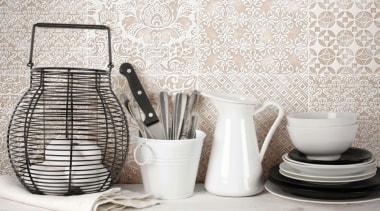 La Chic - ceramic | porcelain | product ceramic, porcelain, product design, serveware, tableware, tap, white