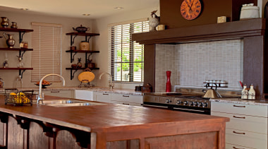 566 whitford rd kitchen close up.jpg - 566_whitford_rd_kitchen_close_up.jpg cabinetry, countertop, cuisine classique, home, interior design, kitchen, real estate, room, wood, brown