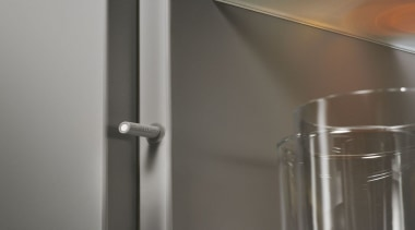 CLIP top - Hinge System - glass | glass, product design, tap, gray