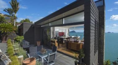 2013 ADNZ National Design Awards Winner - New home, house, outdoor structure, property, real estate, resort, roof, villa, black