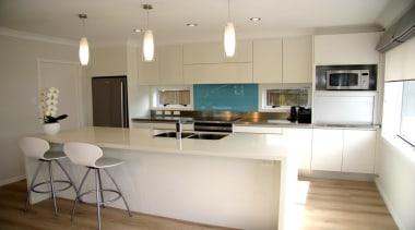 11 hillsborough modern 2013 1.jpg - 11_hillsborough_modern_2013_1.jpg - countertop, cuisine classique, interior design, kitchen, real estate, room, gray