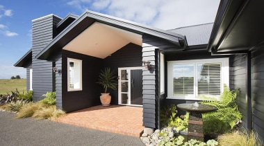 Fowler Homes Tauranga.Gold reserve winner and National finalist cottage, estate, facade, home, house, property, real estate, residential area, window, black, white