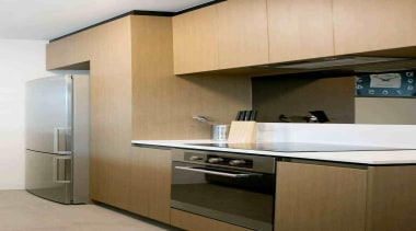 Baumatic ceramic cooktop and built-in oven in the cabinetry, countertop, interior design, kitchen, property, brown, gray