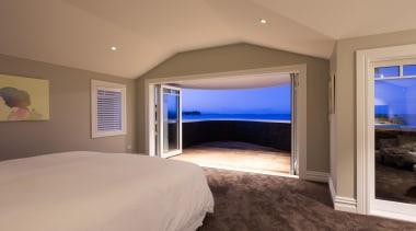 img9020.jpg - img9020.jpg - bedroom   ceiling   bedroom, ceiling, estate, floor, home, interior design, property, real estate, room, wall, window, wood, brown, gray