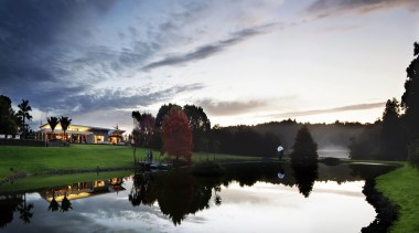Coatesville House - Coatesville House - atmosphere | atmosphere, bank, cloud, dawn, evening, grass, horizon, lake, landscape, morning, nature, phenomenon, reflection, river, sky, sunlight, tree, water, waterway, gray