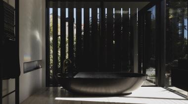 Lloyd Hartley Architects – Winner – TIDA New architecture, bathroom, interior design, black