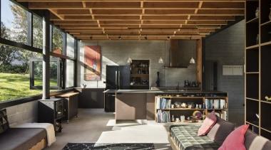 木条吊顶很有田园气息,阳光、原木还有柔软的织物温暖了原本冰冷的水泥墙面。 architecture, house, interior design, living room, brown, black
