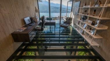 """书房的玻璃地面设计大胆又有新意,整个房间仿佛""""空中楼阁""""。 apartment, architecture, house, interior design, wood, brown, black"""