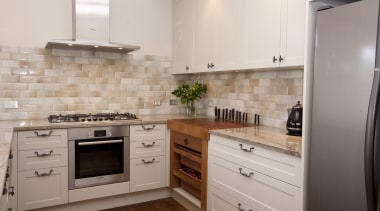 St. Heliers - cabinetry | countertop | cuisine cabinetry, countertop, cuisine classique, floor, flooring, hardwood, home appliance, interior design, kitchen, kitchen appliance, kitchen stove, major appliance, oven, property, room, tile, wood flooring, gray