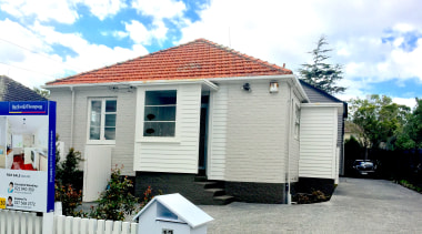 Triton Avenue - Mount Roskill - building | building, cottage, home, house, property, real estate, roof, shed, siding, white, gray